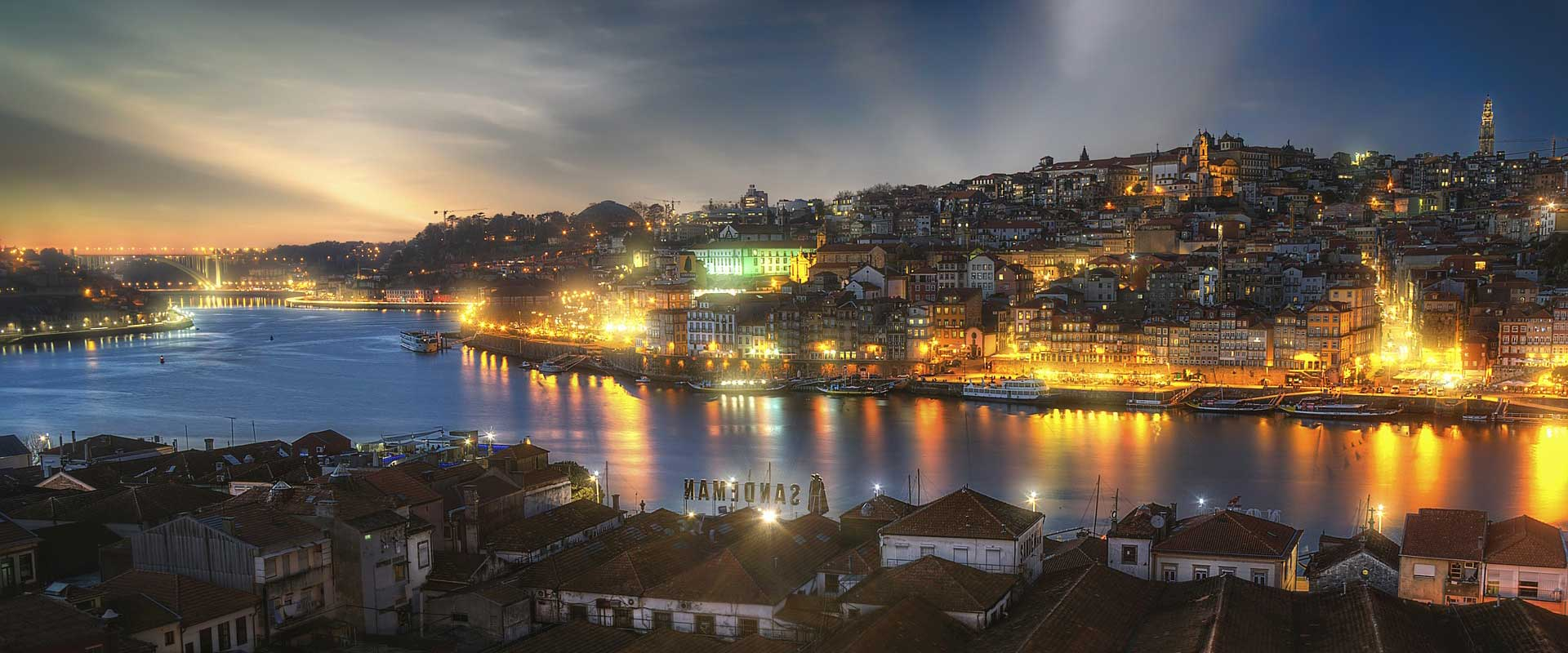 Porto-by-night-Douro-river