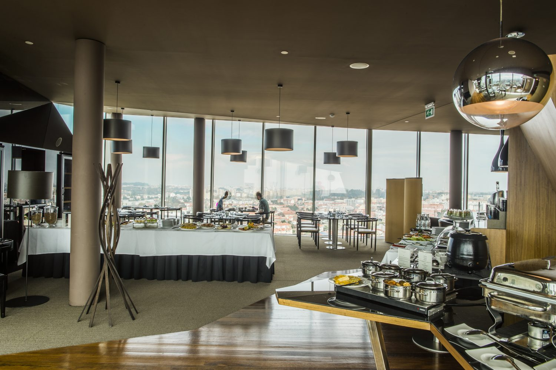 Brunch VIP Lounge of Porto Palacio Congress Hotel