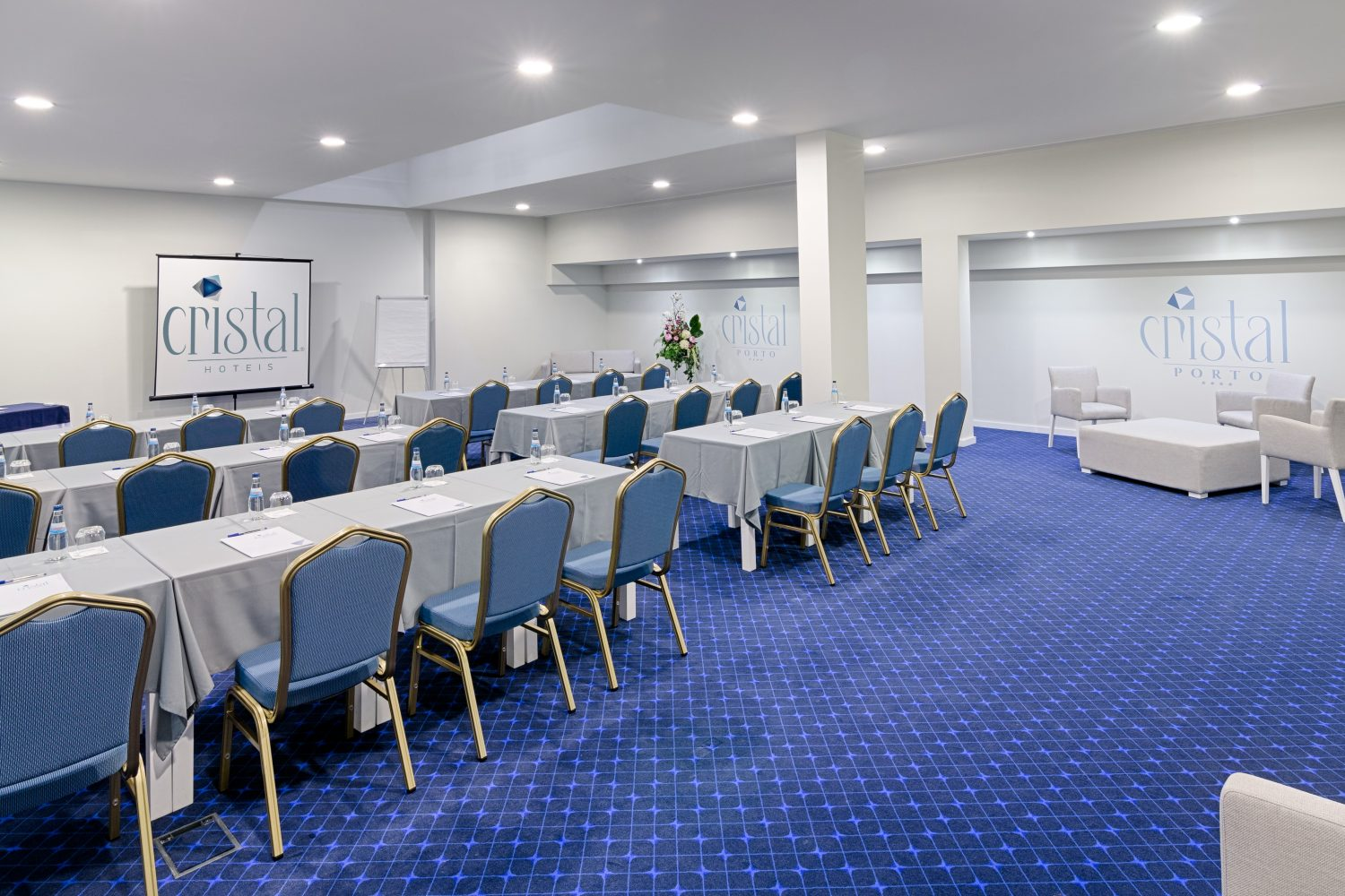 Different view of the Onix Conference room at the Hotel Cristal Porto