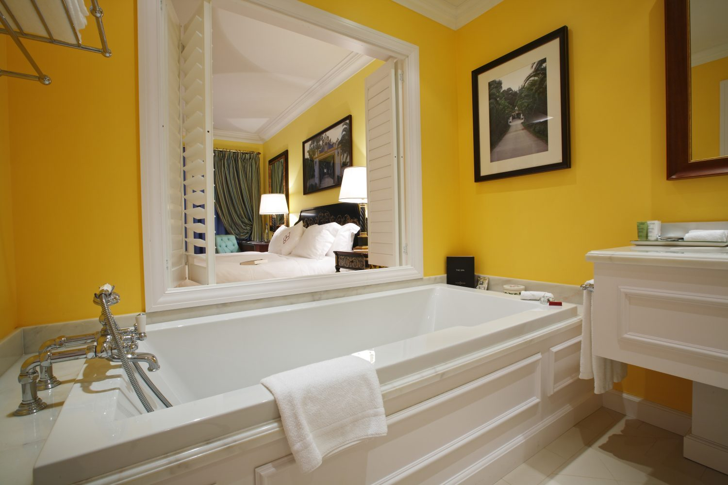 Executive Room Bathroom at Yeatman Relais & Chateaux Hotel
