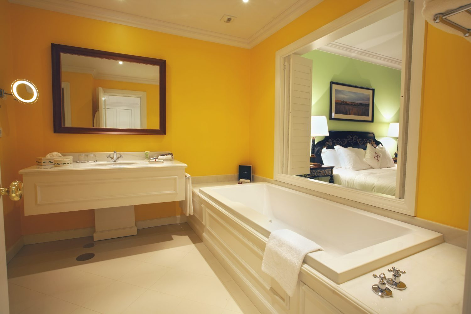 Suite Bathroom at Yeatman Relais & Chateaux Hotel