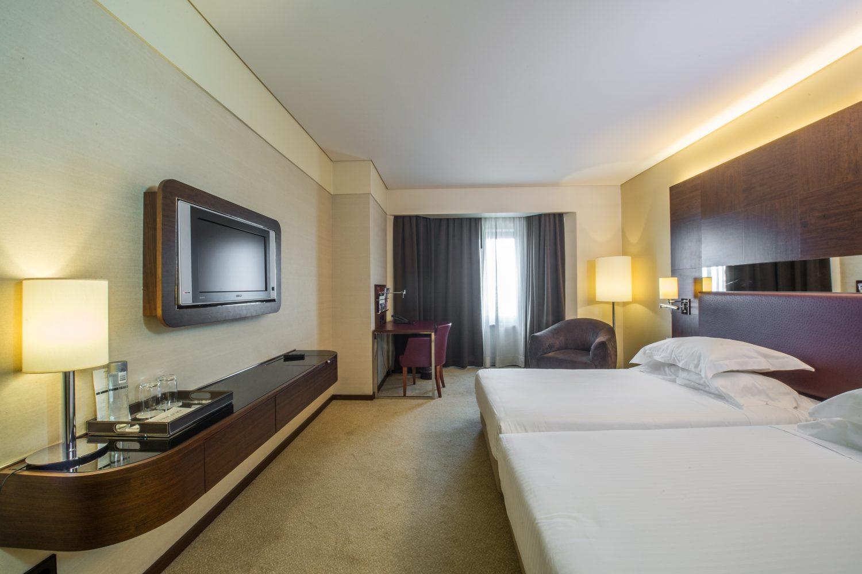 Twin Exceutive Bedroom at Porto Palacio Congress Hotel