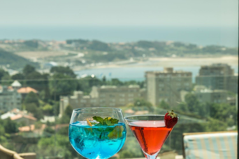 Vip Lounge with drinks at Porto Palacio Congress Hotel