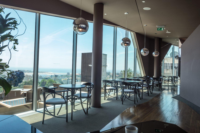 Vip Lounge with view to Douro river and sea at Porto Palacio Congress Hotel