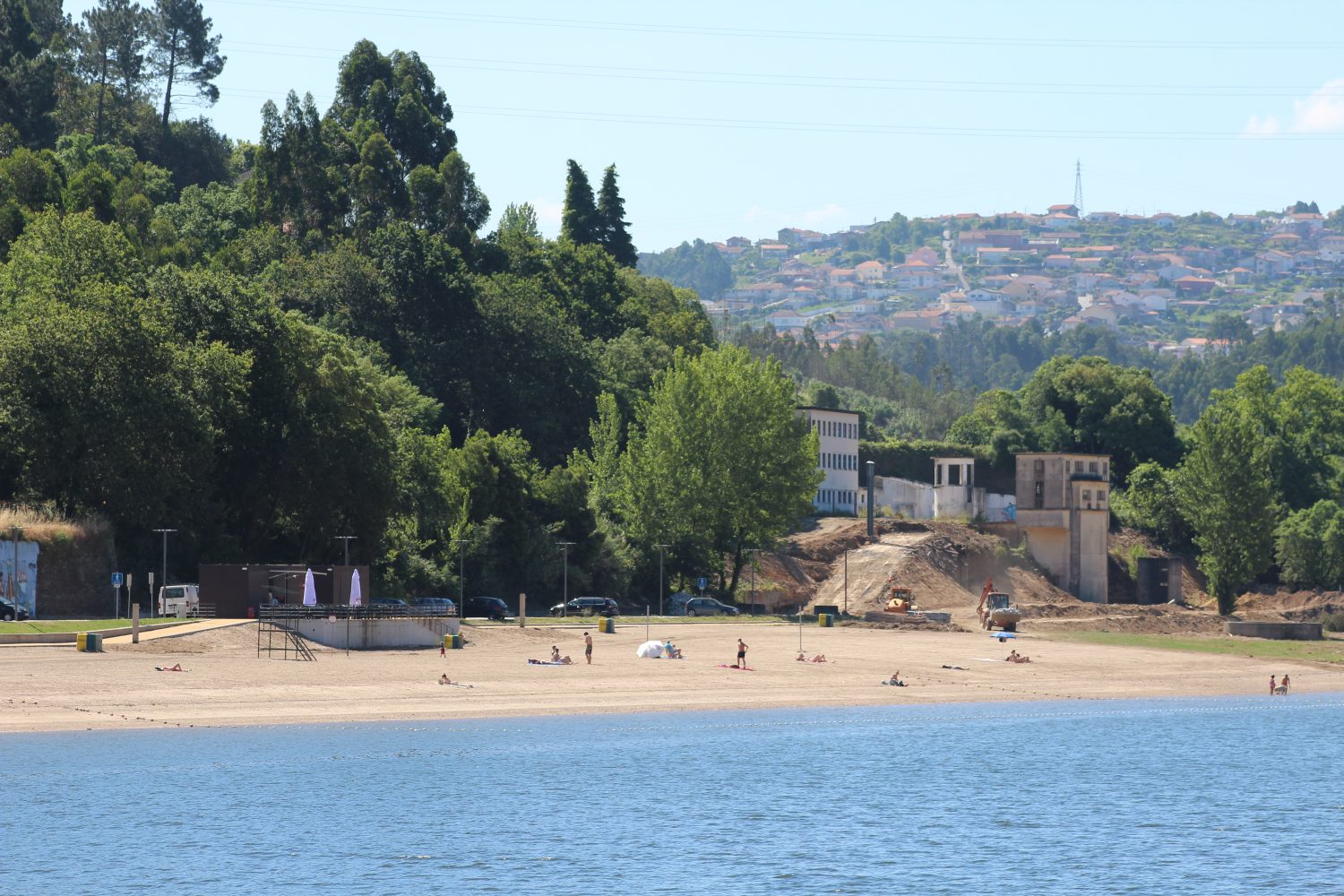 douro river beach