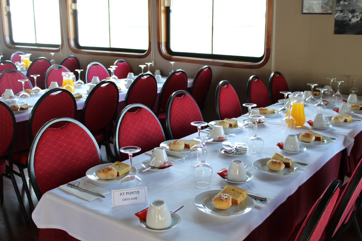 Breakfast at Porto Regua cruise